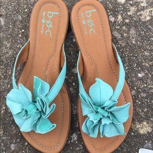 Born concept flip flop sandals leather green 9